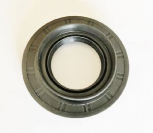 Toyota Land Cruiser 4.2TD - HDJ81 Import - Differential Diff Pinion Oil Seal (38mm)